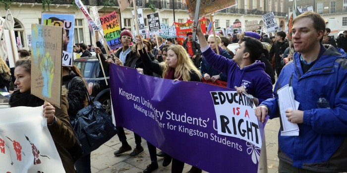 KU students join tuition fees demonstration