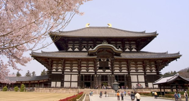 UNSESCO-site Todaiji Nandaimon in Nara, Japan.  Photo: REX