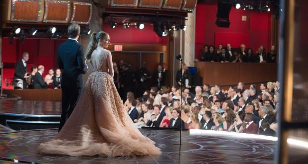 Presenters Chris Pine and Jennifer Lopez. Photo: REX