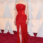 Rosamund Pike in Givenchy Haute Couture. Photo: Getty