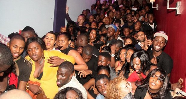Thousands of people stuck in log-jam at Northampton Lava and Ignite night club