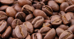 640px-Roasted_coffee_beans