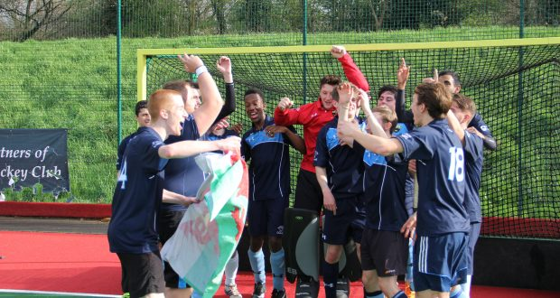 The team celebrating winning the league. Photo: Michael Lloyd