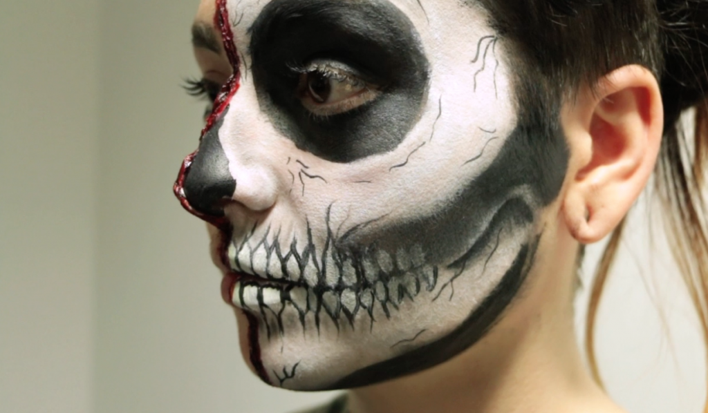 VIDEO: 'Half skull' Halloween makeup tutorial