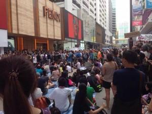 KU alumni trapped in Hong Kong tear gas attacks