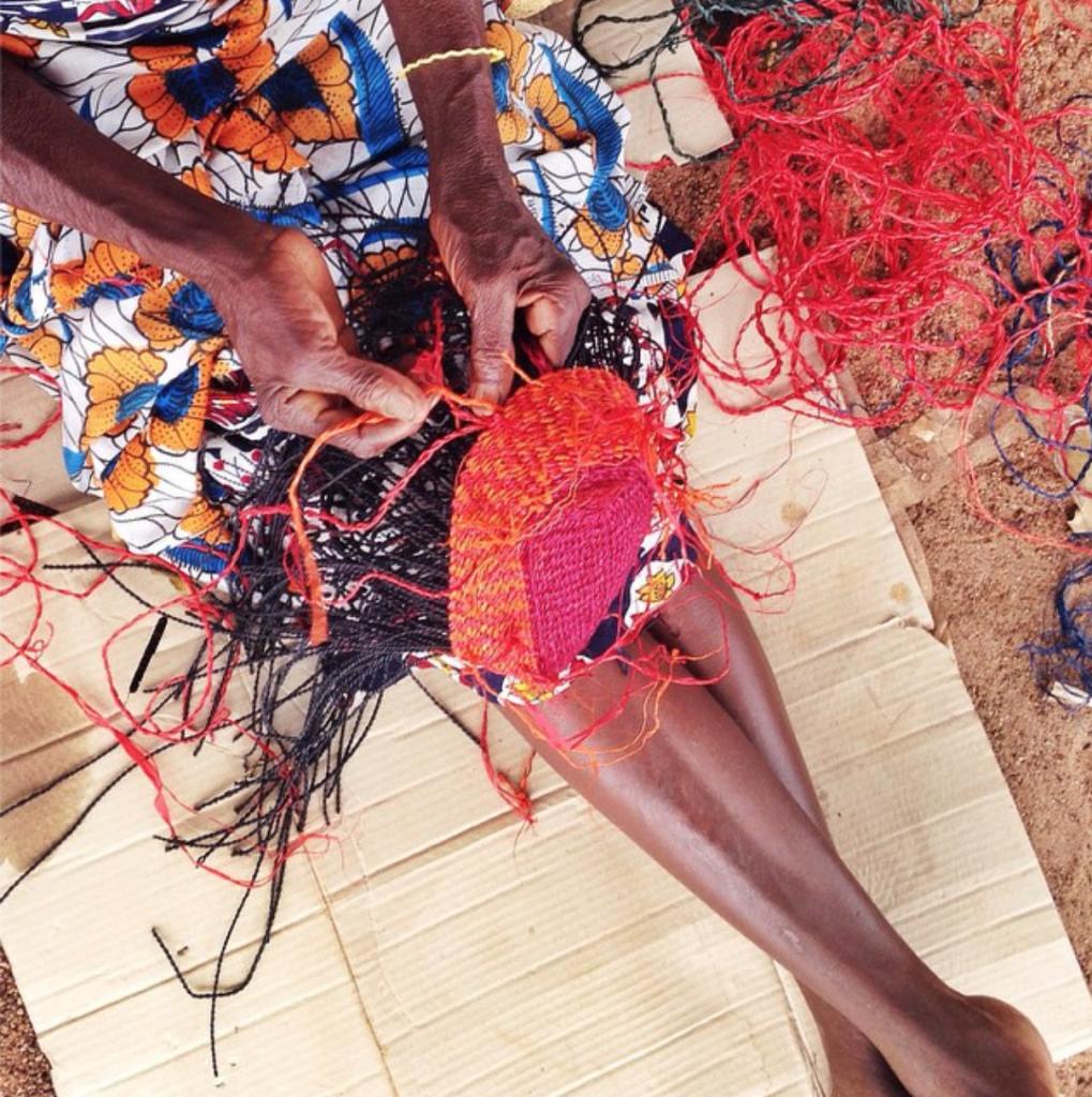 aninya weaving palma clutch