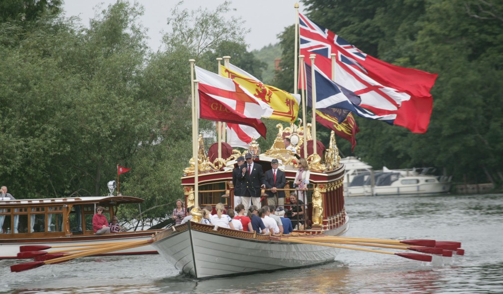 Kingston business could benefit from mooring of Queen's barge