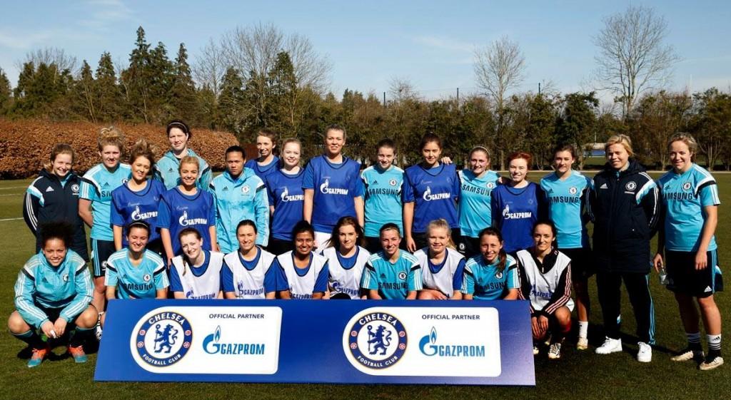 Kingston Ladies Football train with Chelsea