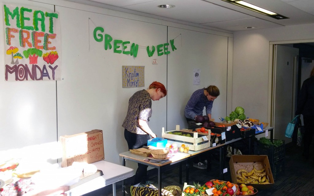 Students campaign for healthier canteen food