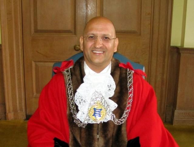 Mayor's Awards recognises Kingston's do-gooders
