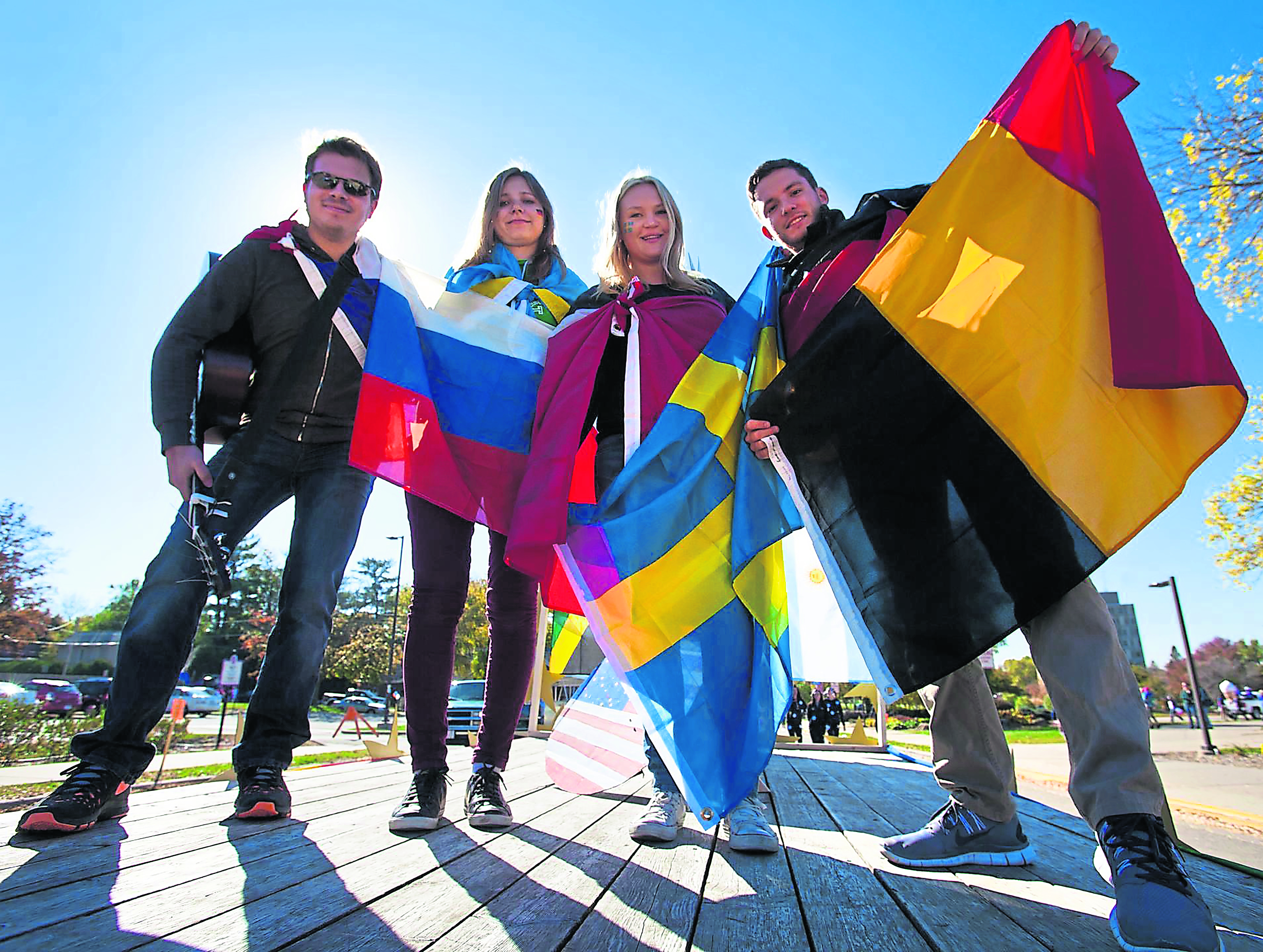 Study abroad students earn more and get hired sooner
