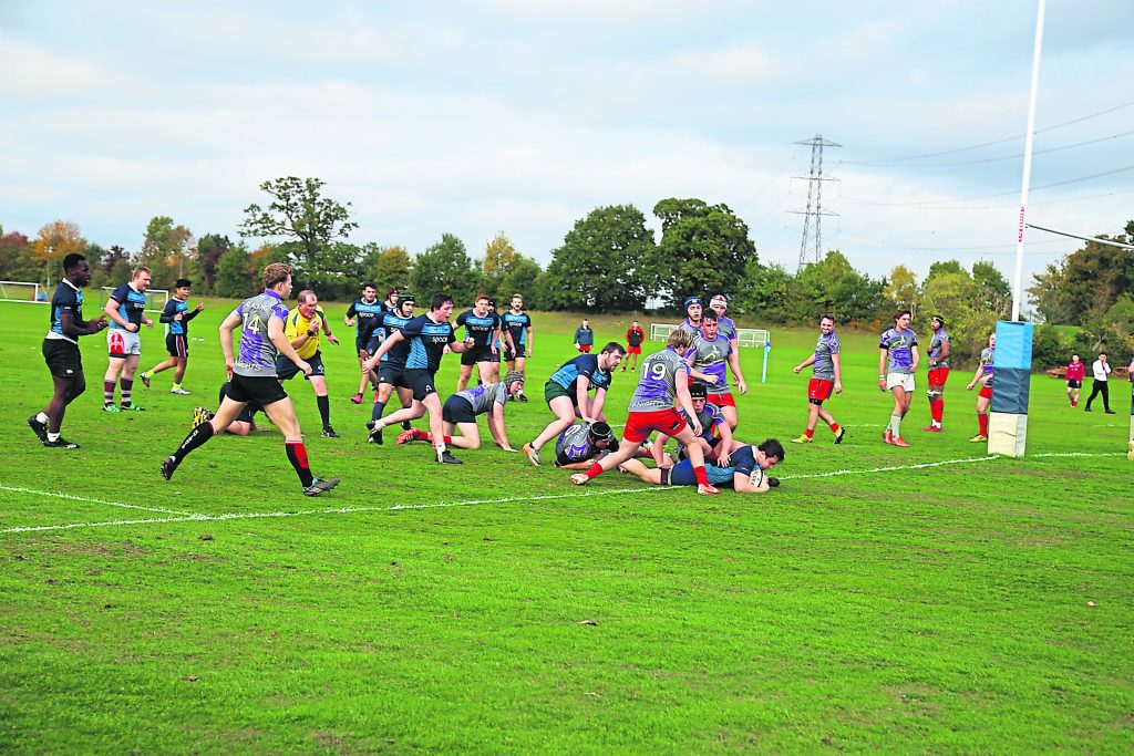 Men's rugby team lose to Reading in game of two halves
