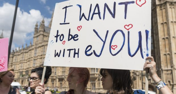 International students protesting outside the Houses of Parliament, on the day Britain voted to leave the EU   Photo by Stephen Chung/LNP/REX/Shutterstock