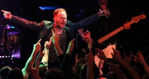 Frank Carter and the Rattlesnakes play Juggernaut at their Kingston New Slang gig