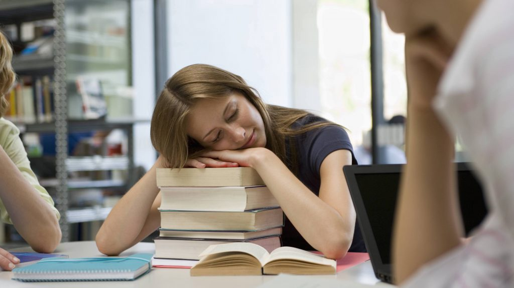 Kingston students worry about not getting enough sleep