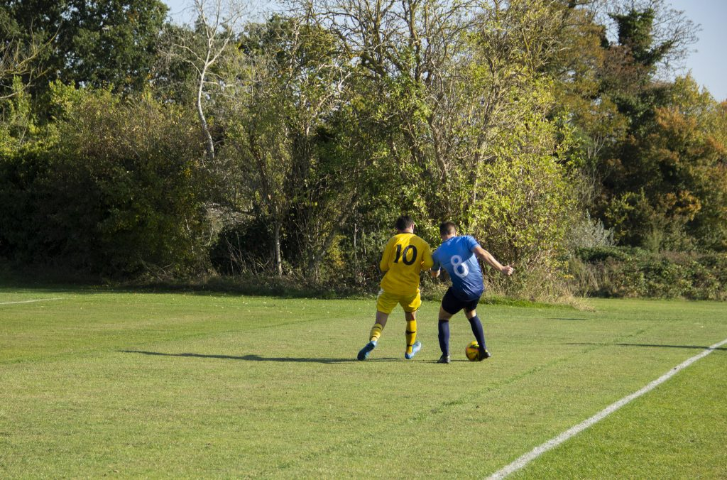 Men's football second team play 10-goal thriller