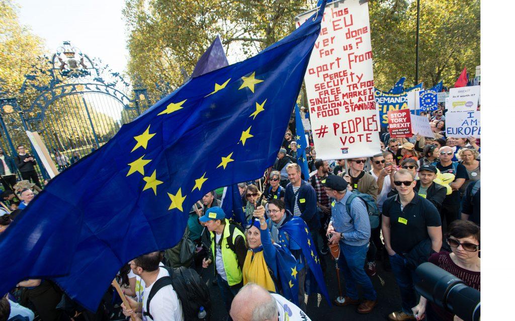 Kingston students back second EU referendum
