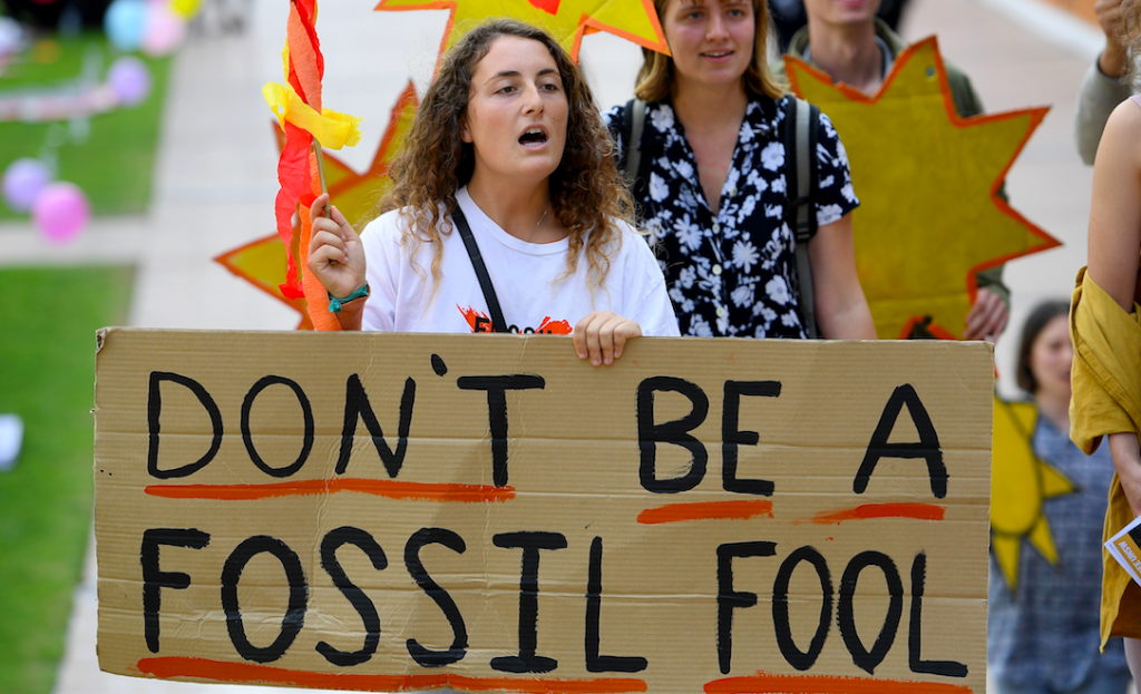 Fossil fuel companies give Kingston University thousands of pounds in funding