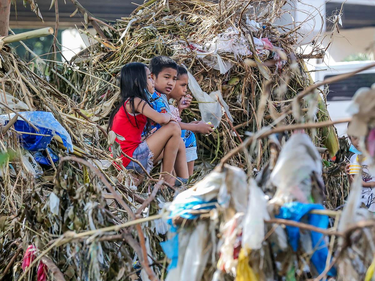 Typhoon Ulysses: Filipino society steps up