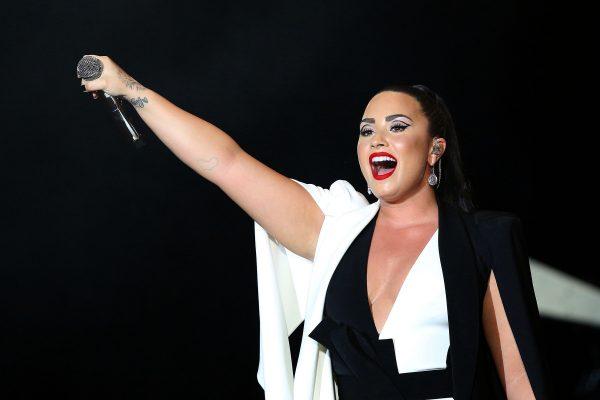 Demi Lovato singing at Rock in Rio 2018